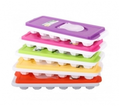 HOBBY ICE CUBE TRAY WITH LID